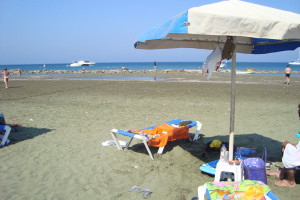 Faros_beach_in_Pervolia_village_in_Larnaca